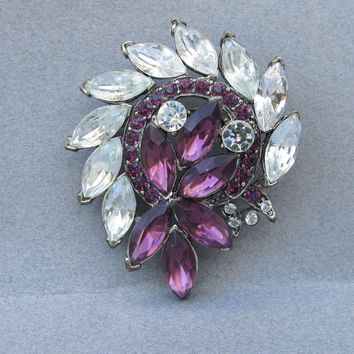 Signed WEISS Vintage 1950's Purple Marquise Rhinestone Pin