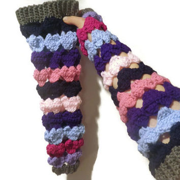 Crochet heart fingerless gloves, texting gloves, arm warmers free USA shipping!