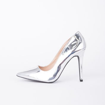 Shiny Metallic Pumps