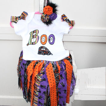 Halloween Outfit , Baby Girl Halloween Costume, Party Outfit, Roses  Hair bow, Tutu, Halloween Birthday Party, Smash Cake, Shabby Chic Skirt