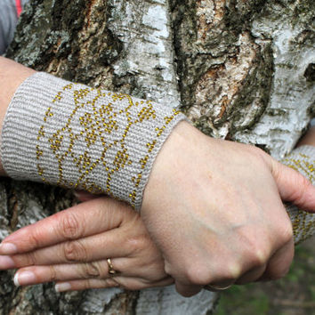 Grey Arm Warmers, Wrist Warmers Beaded amber yellow color, Unique Handmade, Fingerless Gloves Cuff, Luxurious Cashmere Wool, EBWC June 2015
