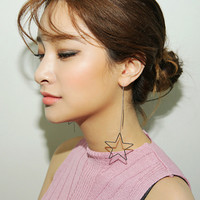 Dangling Star Earrings | STYLENANDA