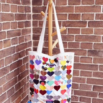 Colorful multi coloured canvas tote shopper bag beach bag beige rainbow hearts vegan