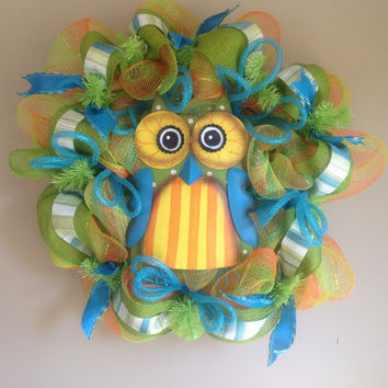 Deco Mesh Blue Owl Wreath