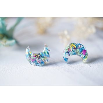Moon Real Dried Flowers and Resin Stud Earrings