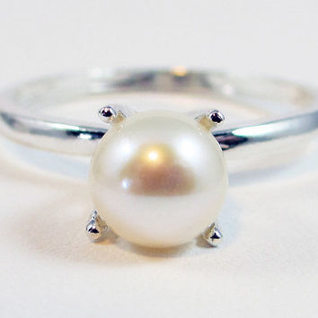 White Pearl Ring - Sterling Silver