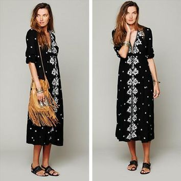 Free People Fashion Boho Embroidery Flower V-Neck Middle Sleeve Maxi Dress