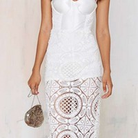 Anything Goes White Lace Spaghetti Strap Sweetheart Neck Bustier Bodycon Midi Dress