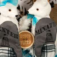 State Mitts - Exterminate Dalek - Doctor Who Inspired - Whimsically Fun Mittens - Stick 'em up and make a Statement, Keep your fingers