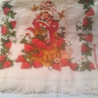🍓 Kitchen Hand Towel Strawberry Shortcake Vintage AMAZING 1980's 🍓