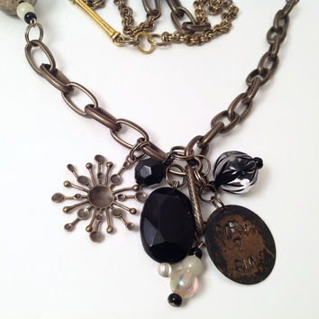 Born to run necklace // steampunk // Springsteen // black and bronze beads