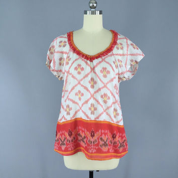 Indian Cotton T-Shirt Blouse / Vintage Indian Sari / India Cotton Gauze / Red White Ikat / Size S Small 9001004