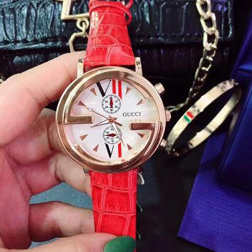 8DESS GUCCI Woman Men Fashion Simple Leather Strap Wristwatch Watch