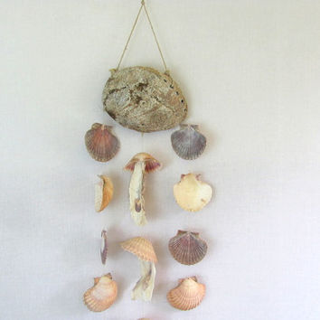 Vintage shell wind chime / Beach Decor