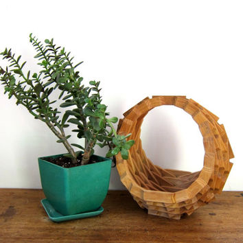 Geometric Wooden Plant Stand Modern Hanging Bent Wood Plant Holder Tramp Art Mid Century Decor Small Fruit Bowl Basket Vintage 60s 70s