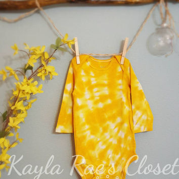 TIE DYE ~ Onesuit ~ bodysuit hand dyed in GOLD yellow, new baby shower 1st birthday Christmas gift, grandbaby niece nephew