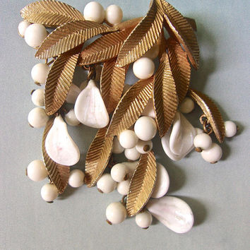 VENDOME Gold Tone Floral Dangle Brooch, White Berries & Shell, Vintage