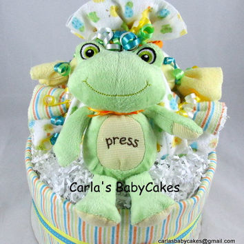 Neutral Baby Diaper Cake, Baby Shower Centerpiece, Frog Diaper Cake, Baby Shower Gift, Stork Bundle Diaper Cake, New Baby Gift, New Mom Gift