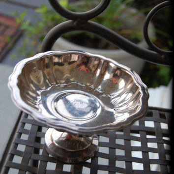 1800s WM A Rogers Silverplate Finger Bowl / Footed bowl / Serving Bowl / Silver Bowl