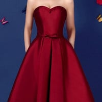 Wine Red Sweetheart Bowknot Waist Lacing Back Strapless Prom Skater Dress