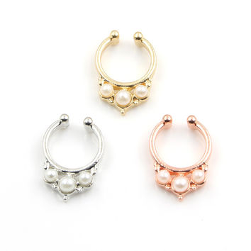 2016 New design imitation pearl fake nose ring clip on body jewelry fake septum piercing hoop nose rings for women BH0082