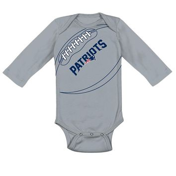 New England Patriots Fanatic Bodysuit - Baby, Size: