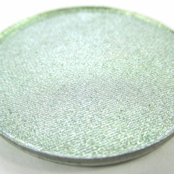Phee's Makeup Shop Brimstone Mineral Highlight Powder - VEGAN + CRUELTY FREE