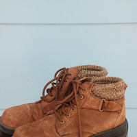 1980s. brown suede lace up booties with knit trim. size 7