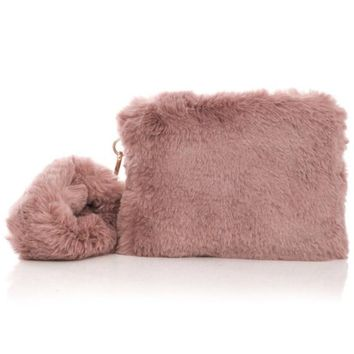 Side Strap Fur Clutch
