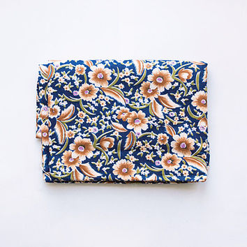 """Vintage floral cotton fabric 2.67 yards (96""""/2,45 m) in 1 listing, 80s USSR, navy blue and brown white rustic mille fleur pattern"""