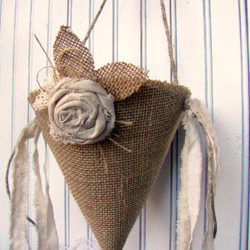 Flower Girl Basket, Burlap Flower Cone, Rustic Wedding Petal Cone, Flower Girl Basket, Rustic Flower Girl Alternative