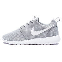 NIKE ROSHE ONE - WOLF GREY/WHITE | Undefeated