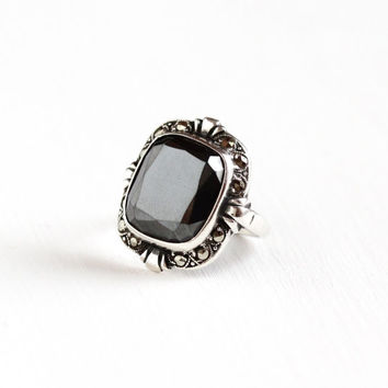 Vintage Art Deco Sterling Silver Hematite & Marcasite Ring - Size 5 Metallic Gray Gem Statement Signed Uncas U Arrow Jewelry