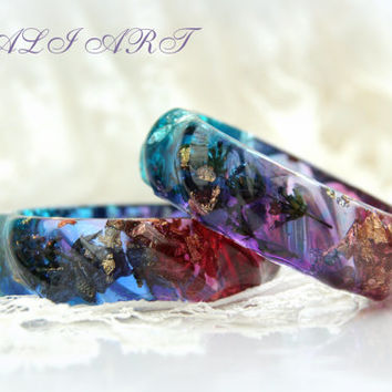 Resin bracelet,  Bangle resin, Handmade bracelet of colored resin, gold flakes, silver flakes and glitte, bracelet lavender