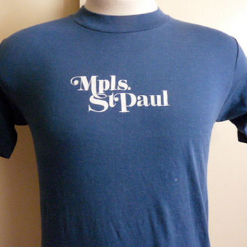 vintage 70's Minneapolis St. Paul Twin Cities Minnesota travel souvenir graphic t-shirt men women unisex dark blue crew neck tee Munsingwear