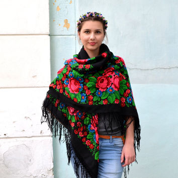 SALE!!! 15% OFF!!!  Vintage Ukrainian shawl, black shawl, Wool shawl, Tablecloth, Floral Shawl ,Scarf With Tassels, floral scarf, Babushka