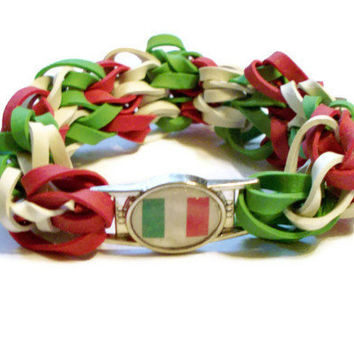 Italian Flag Stretch Bracelet - Made w/ Rubber Bands - Italy Charm Bracelet, Green White and Red