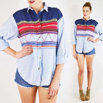 vintage 80s 90s blue SOUTHWEST CHAMBRAY shirt / southwestern shirt / southwest shirt / ethnic shirt / blue chambray oversized shirt / s m l