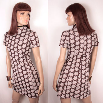 60s mock neck scooter dress // leaf design
