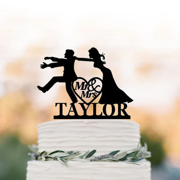 Personalized Wedding Cake topper funny,  mr and mrs  Bride and groom silhouette with custom name