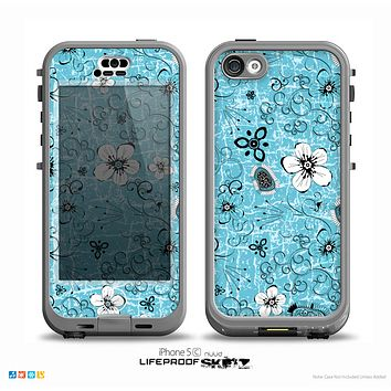 The Blue and White Floral Laced Pattern Over Blue Skin for the iPhone 5c nüüd LifeProof Case