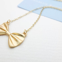 Gold Bow Necklace Gold charm necklace Cute necklace Wedding jewelry Gift bridesmaid Gift mom Birthday Gift best friend Birthday Gift sister