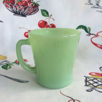 1940s Fire-King Jadeite Mug D Handle Jade Green Glass Vintage Kitchen