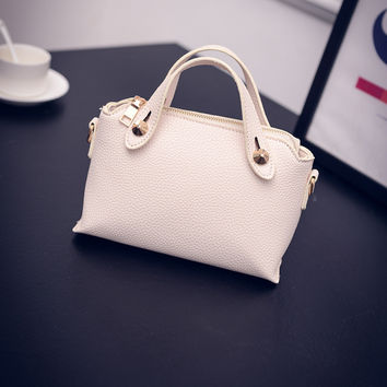 Women Classical Chic Bag On Sale = 4457532164