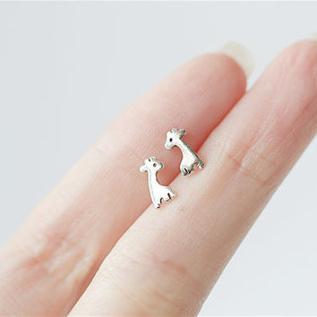 Silver Giraffe Earrings, Giraffe Ear Studs, Giraffe Studs, Animal Earrings, Cute Earrings, Giraffe Earrings, Birthday Gift, Animal Jewelry