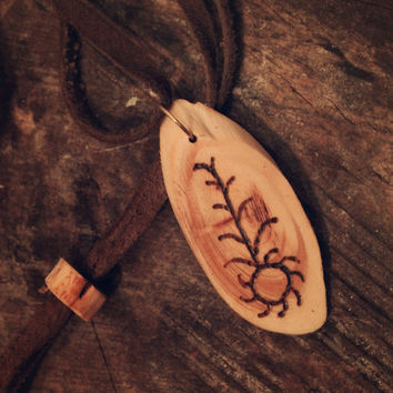 Aurinko, The Sun • Shamanic necklace • Wooden pendant • Shamanic runes • Witch necklace • Pagan jewelry • Primitive • Tribal • Sami jewelry