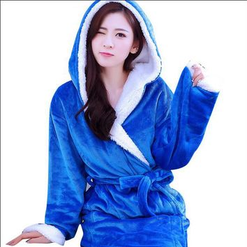 Hooded Robes For Women/ Men Coral Fleece Bathrobes