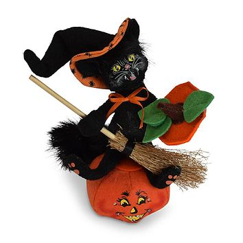 Annalee Dolls 6in 2018 Halloween Witch Kitty on Pumpkin Plush New with Tags