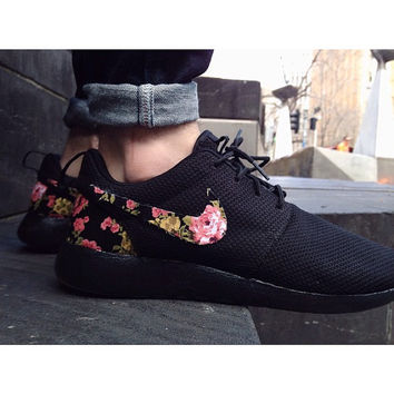 TRIPLE BLACK Floral Nike Roshe Run Custom Black White Roses
