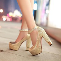 Fashion high-heeled shoes